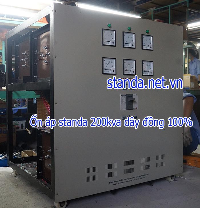 Ổn áp Standa 200kva 3 pha dải 260v